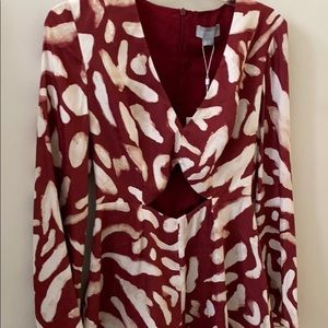 Finders mercurial romper small berry and creme NWT